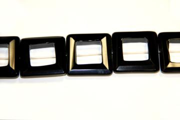 Onyx (Shape: Buckle square of 40x40 mm.)