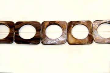 Nacre brown (Shape: Buckle of 33x33 mm.)