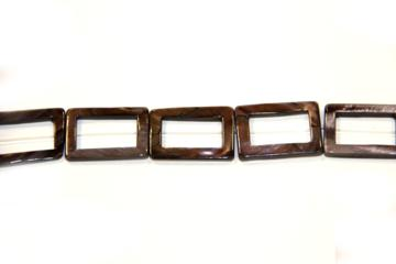 Nacre brown (Shape: Buckle of 30x21 mm.)