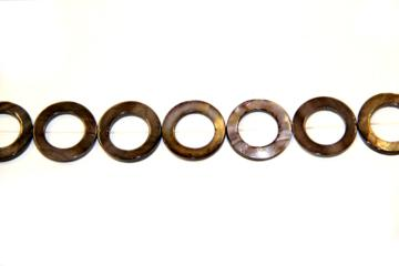 Nacre brown (Shape: Ring of 22 mm.)